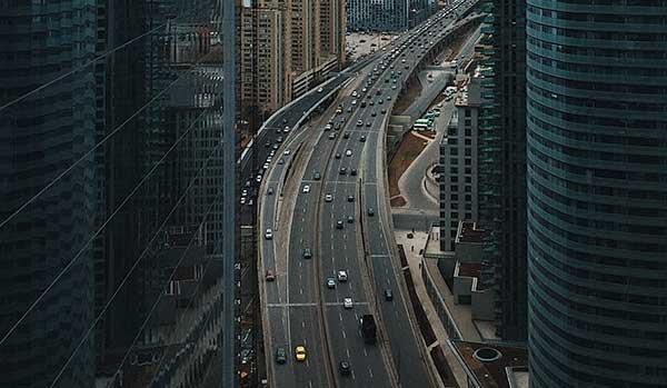 高速道路を便利に活用する方法とは?